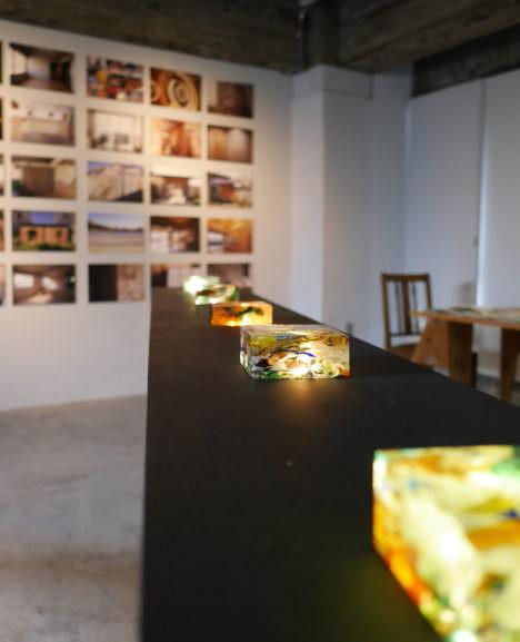 サムネイル:403architecture [dajiba]による、ヴェネツィア・ビエンナーレ報告展「プレゼント・ブリッジ」の会場写真とレポート