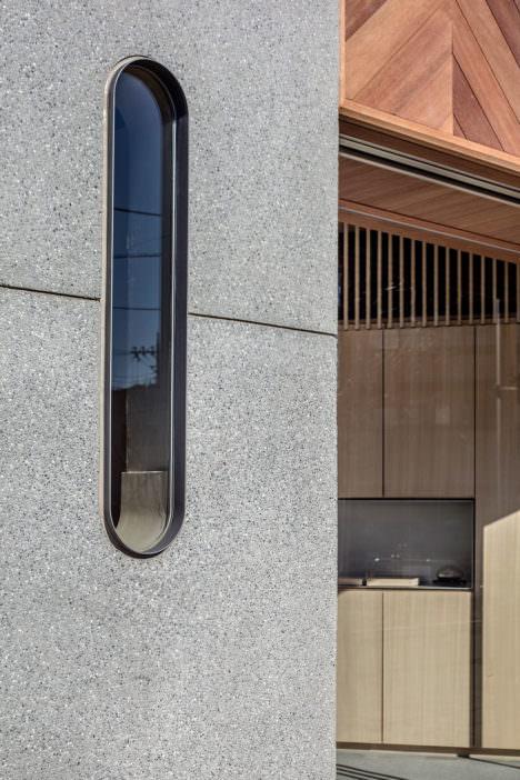 サムネイル:Buttondesignによる、東京・千住の葬儀社のオフィス「溜屋近藤商店」