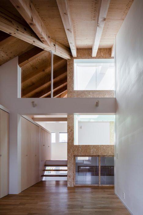 サムネイル:諸江一紀建築設計事務所による、愛知・名古屋の住宅「今池の住宅」