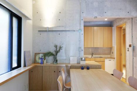 サムネイル:本橋良介アトリエによる、東京都目黒区のマンション住戸の改修「マンションK 改修」