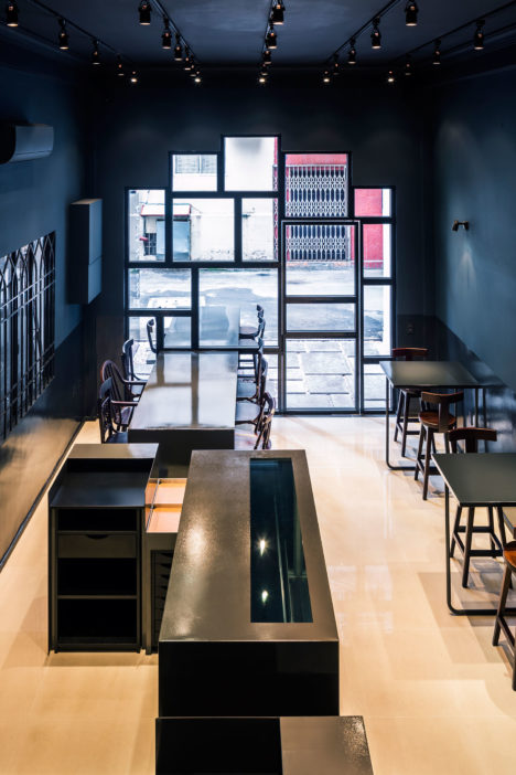 サムネイル:インレ・スタジオ / 西島光輔による、ベトナム・ホーチミン市のデザートレストラン「プロセニウム」