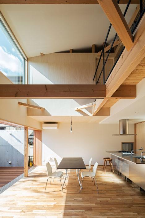 サムネイル:coil / 松村一輝建築設計事務所による、奈良の住宅「S-house」