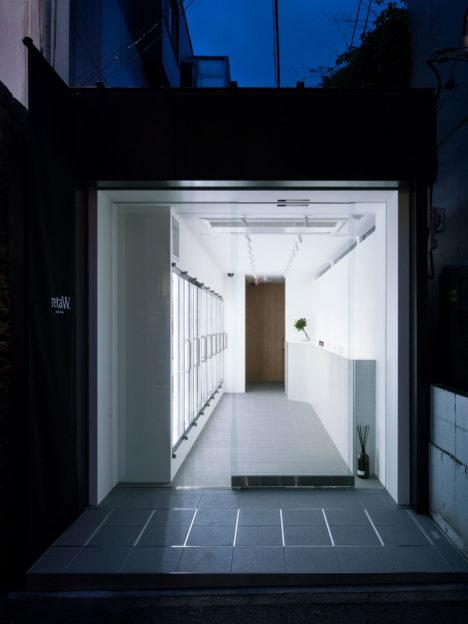 サムネイル:荒木信雄 / アーキタイプによる、東京都渋谷区の店舗「retaW store Harajuku」