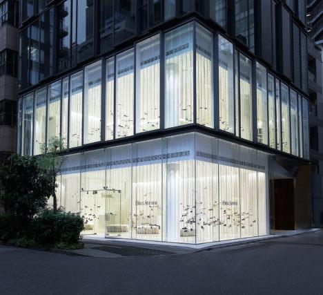 サムネイル:吉岡徳仁による、東京・銀座の「Hills Avenue Flagship Store」