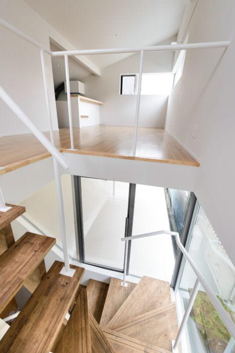 housey-09