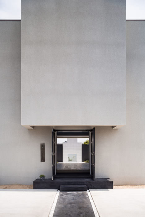 サムネイル:木村浩一 / フォルム・木村浩一建築研究所による、滋賀・草津の住宅「情景を生み出す家」