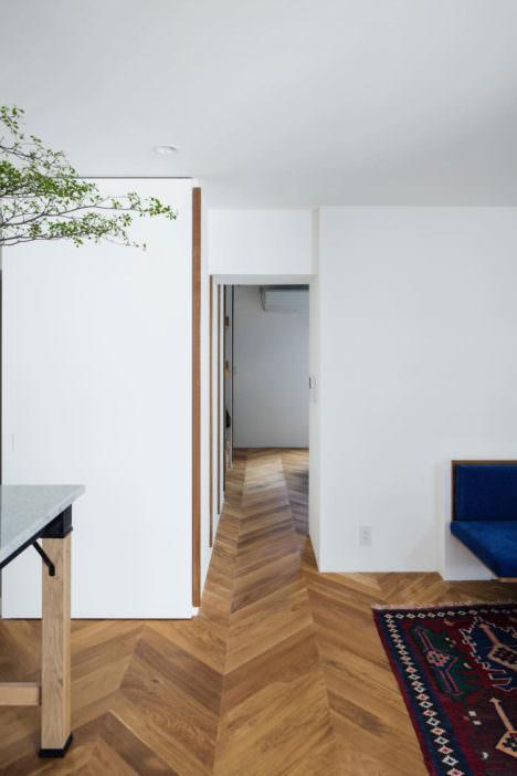 サムネイル:田中裕之建築設計事務所による、兵庫・神戸の「六甲の家」