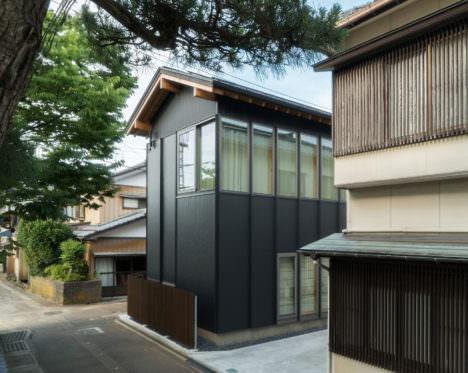サムネイル:スティーブン・シェンク+服部大祐 / Schenk Hattoriによる、新潟の住宅「Housing complex TM in Niigata」
