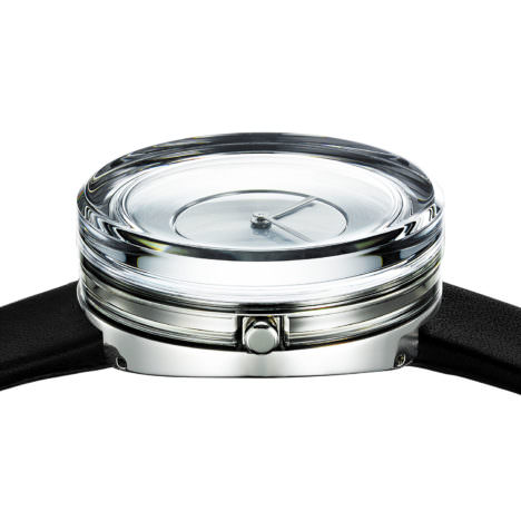 サムネイル:吉岡徳仁による「Glass Watch」