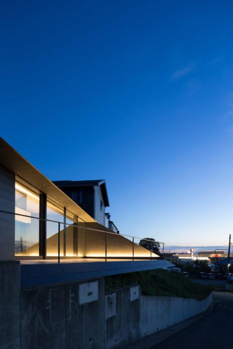 サムネイル:黒崎敏 / APOLLO Architects & Associatesによる、千葉の住宅「ACRO」