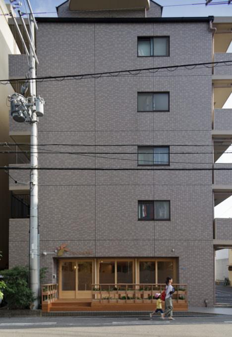サムネイル:佐藤伸也+木村慎弥による、大阪の「小阪の保育園」